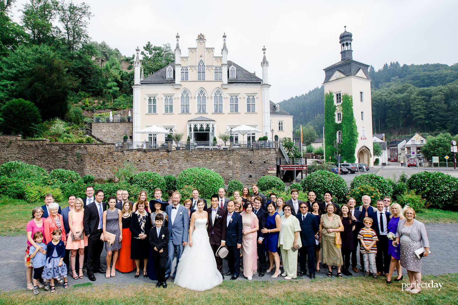 Friederike & Jason Schlss180